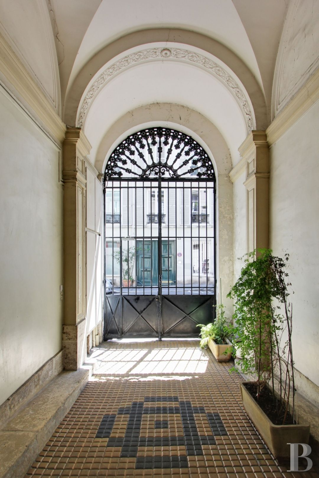 appartments for sale paris 4 roomed - 10 zoom
