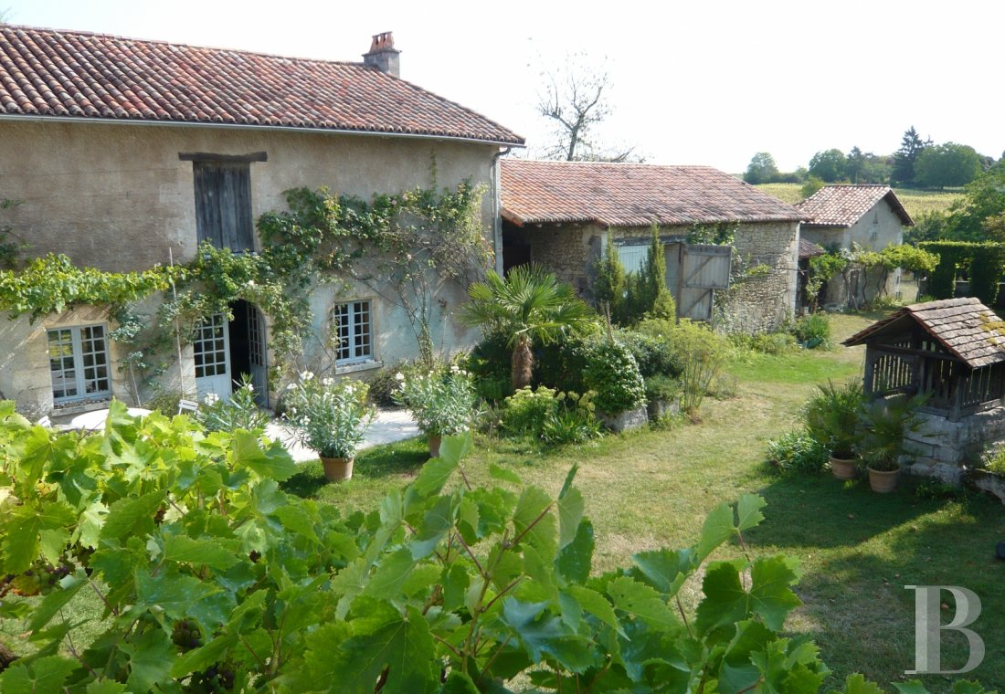 character properties France aquitaine large luxurious - 1