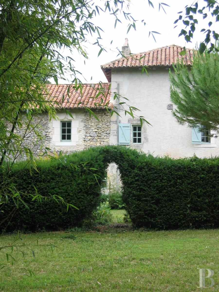 character properties France aquitaine large luxurious - 4 zoom