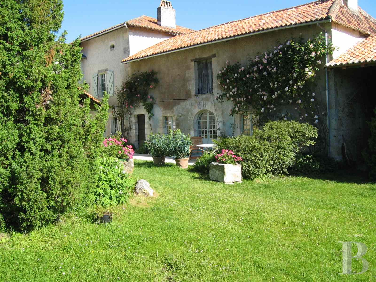 character properties France aquitaine large luxurious - 5 zoom
