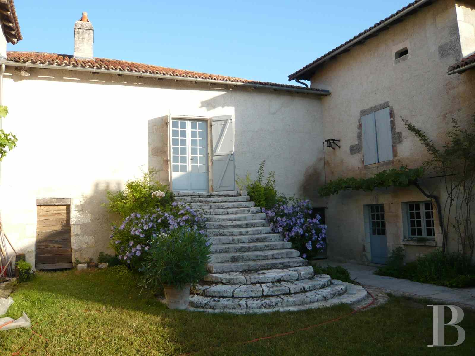 character properties France aquitaine large luxurious - 6 zoom