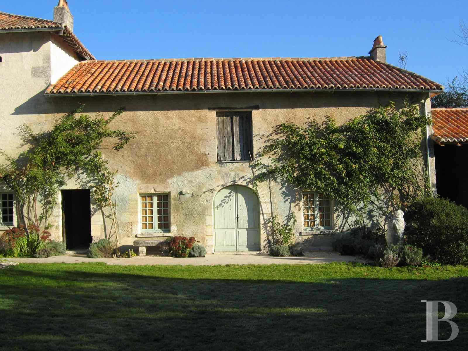 character properties France aquitaine large luxurious - 9 zoom