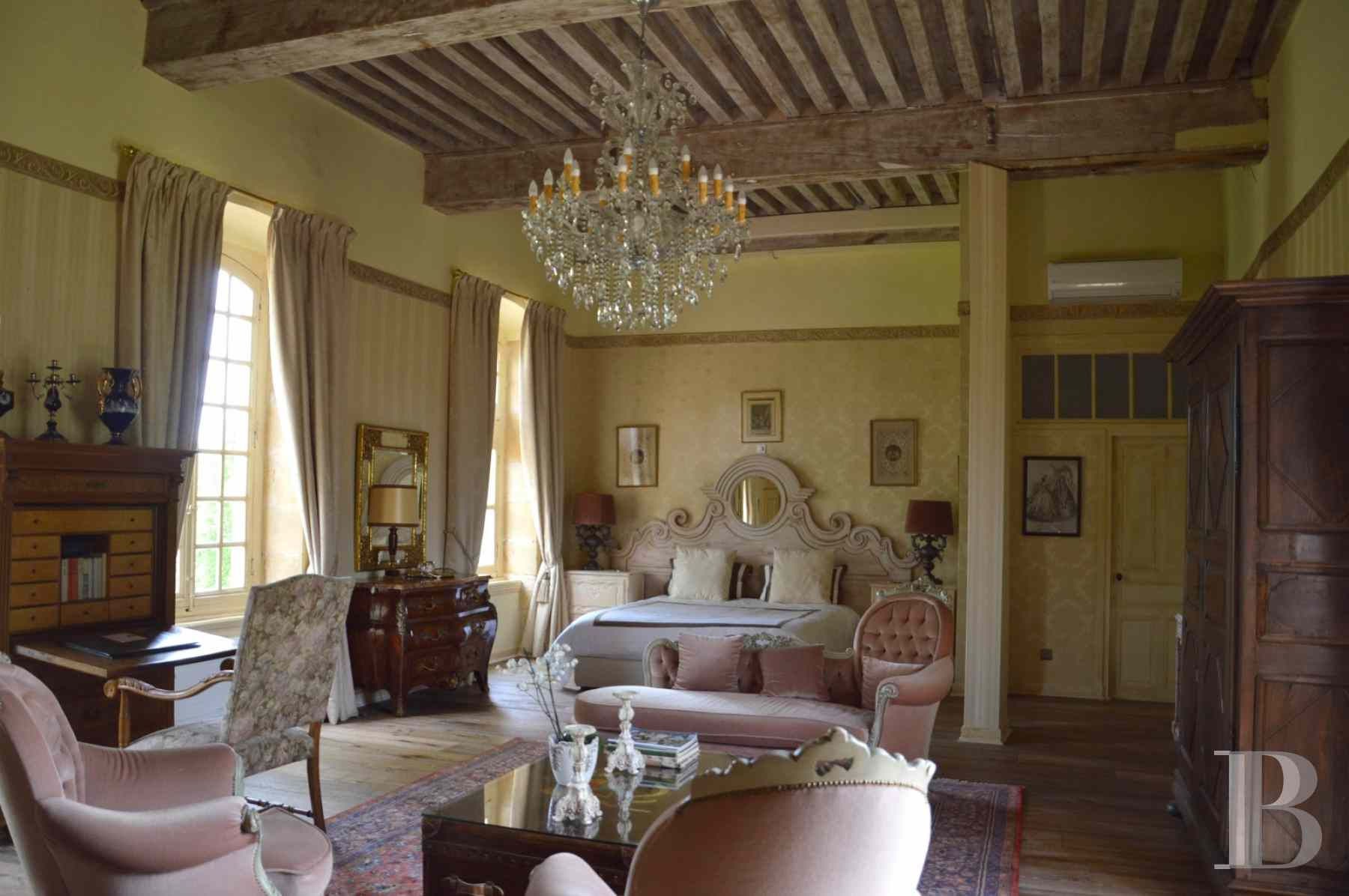 chateaux for sale France rhones alps roanne region - 12 zoom