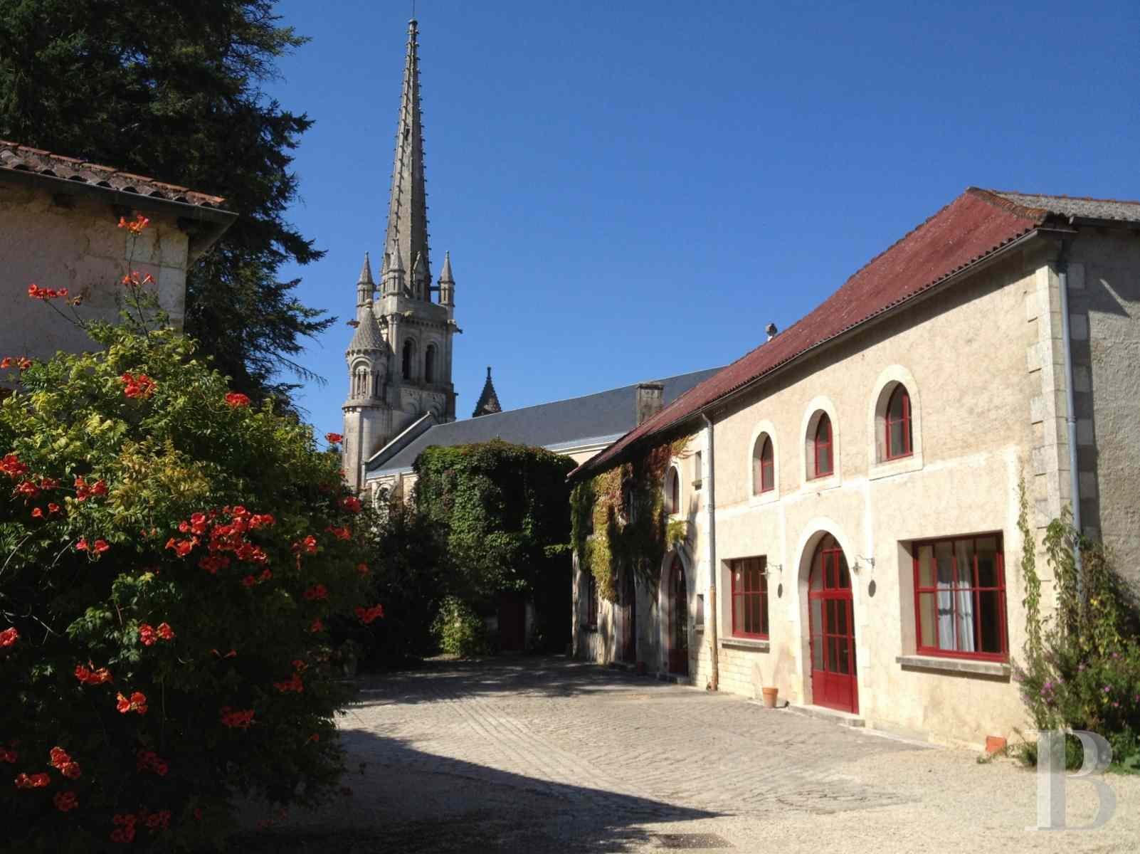 chateaux for sale France poitou charentes poitiers medieval - 20 zoom