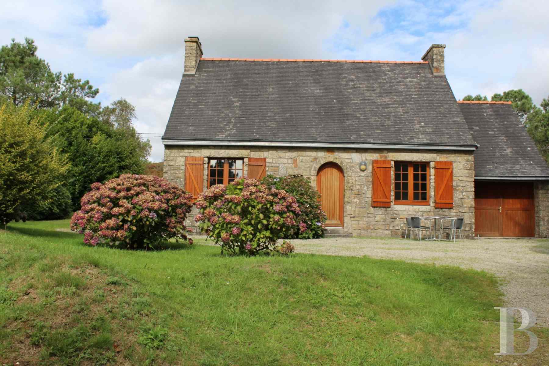character properties France brittany crozon peninsula - 2 zoom