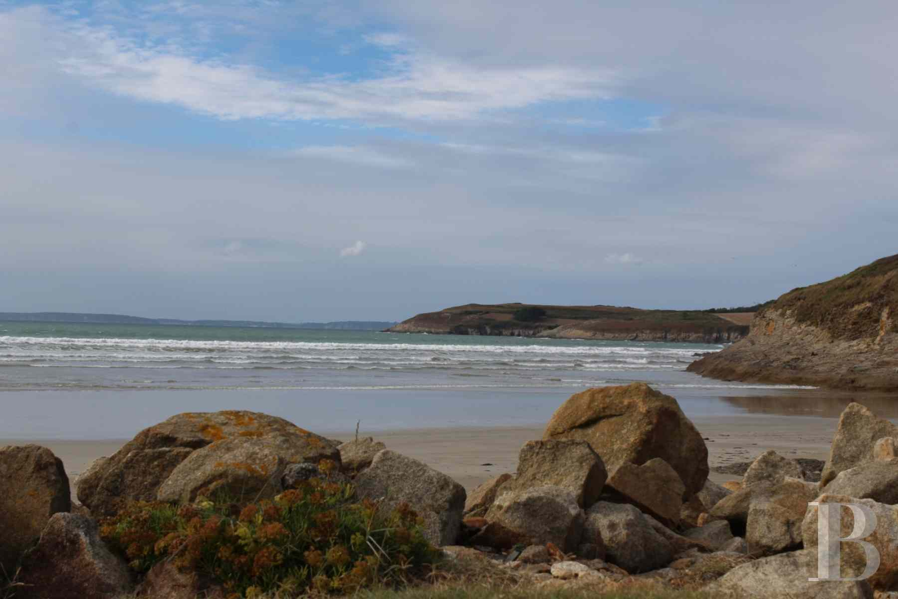 character properties France brittany crozon peninsula - 9 zoom