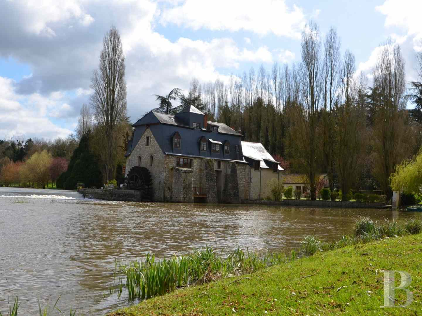 mills for sale France pays de loire 17th mill - 2 zoom