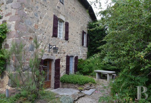 character properties France rhones alps residence 17th - 2