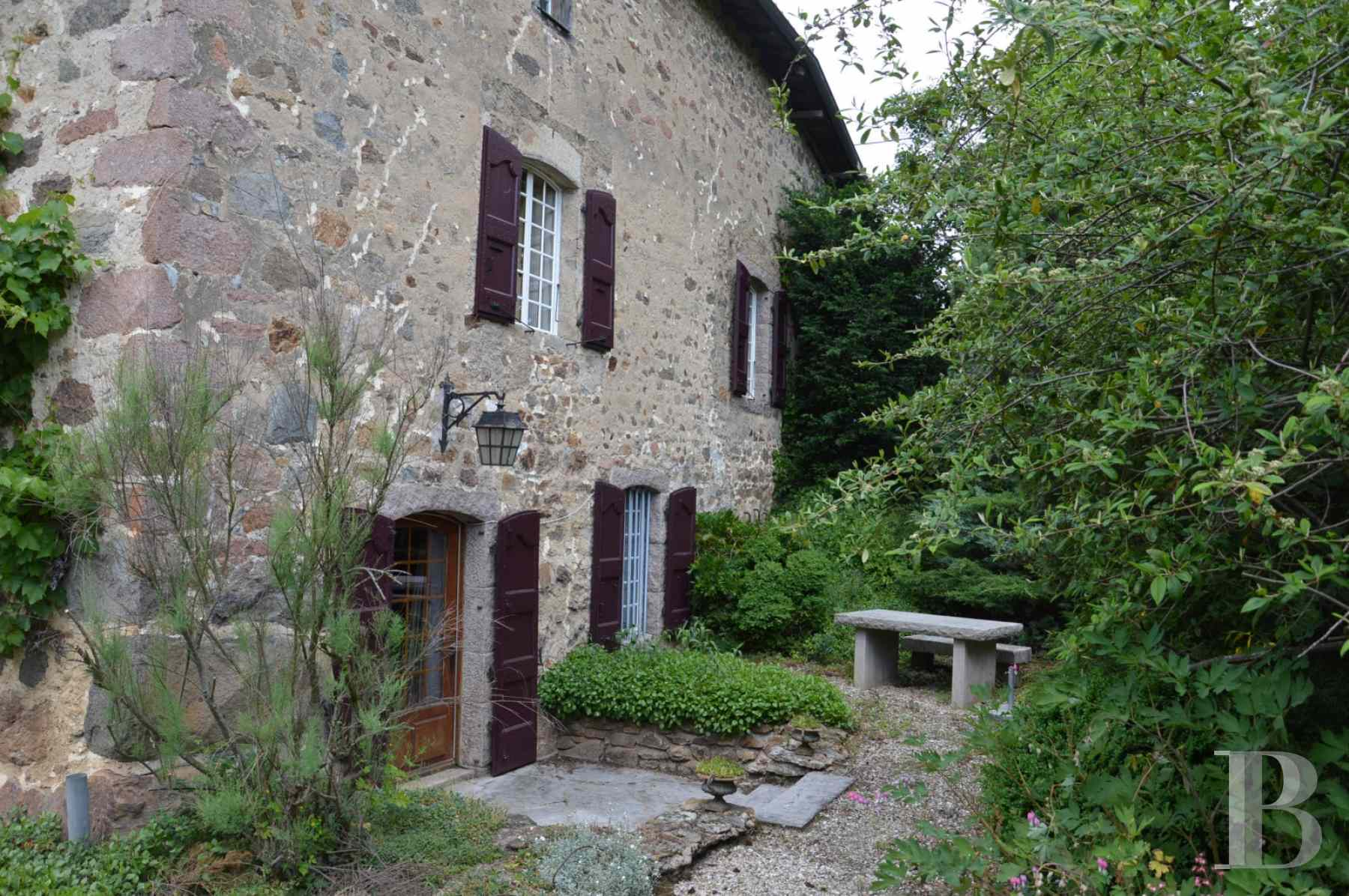 character properties France rhones alps residence 17th - 2 zoom