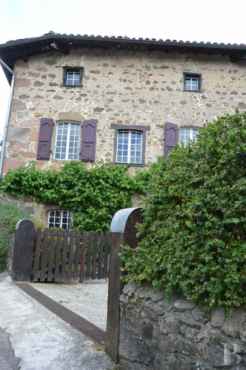character properties France rhones alps residence 17th - 3 zoom