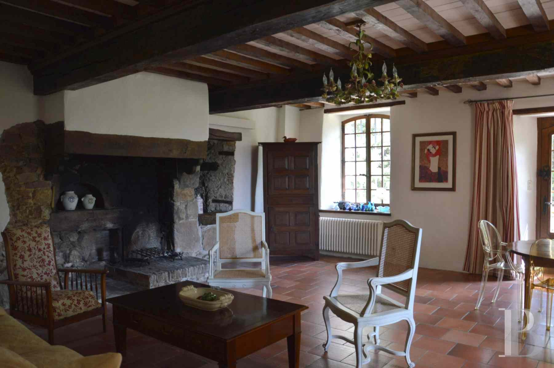 character properties France rhones alps residence 17th - 5 zoom