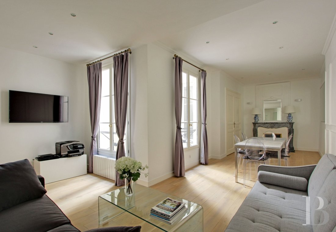 A 58 m², furnished pied-à-terre as elegant as the district near ...