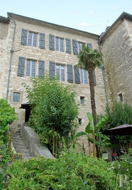 character properties France midi pyrenees quercy medieval - 3