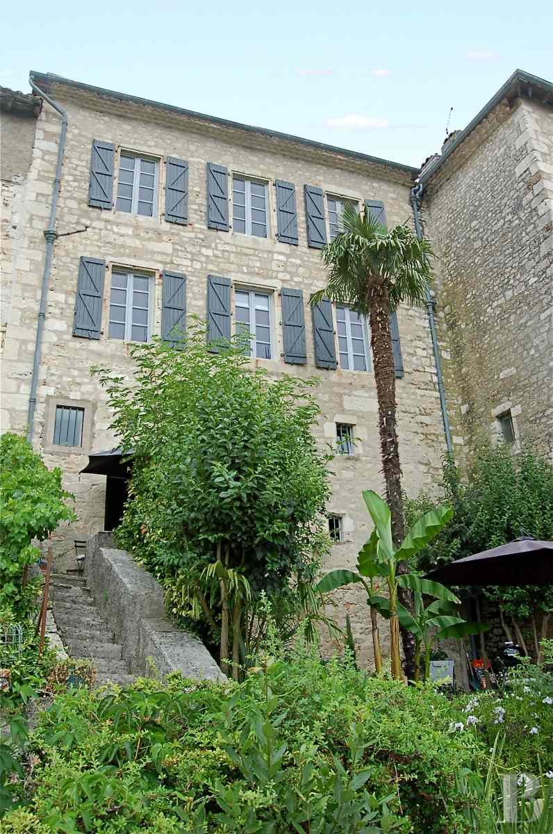 character properties France midi pyrenees quercy medieval - 3 zoom