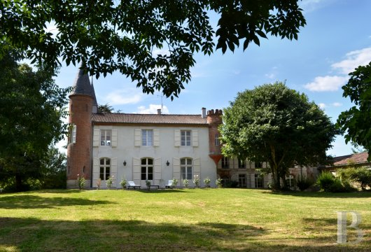 chateaux for sale France aquitaine agen 18th - 3