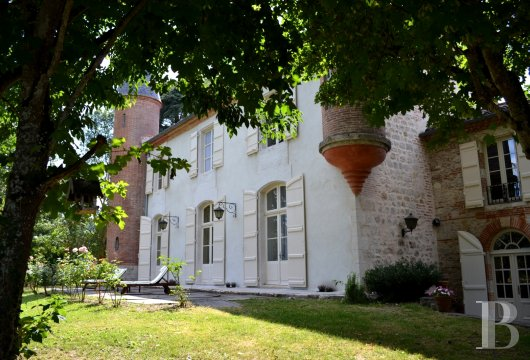 chateaux for sale France aquitaine agen 18th - 2