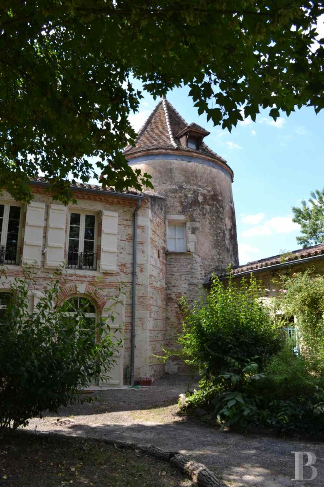 chateaux for sale France aquitaine agen 18th - 5 zoom