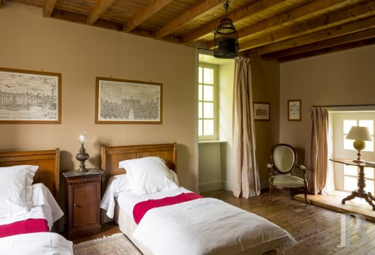 fAn 18th century chateau offering luxurious stays at the tip of Cotentin - photo  n°17