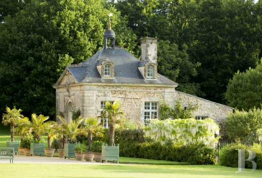 fAn 18th century chateau offering luxurious stays at the tip of Cotentin - photo  n°2