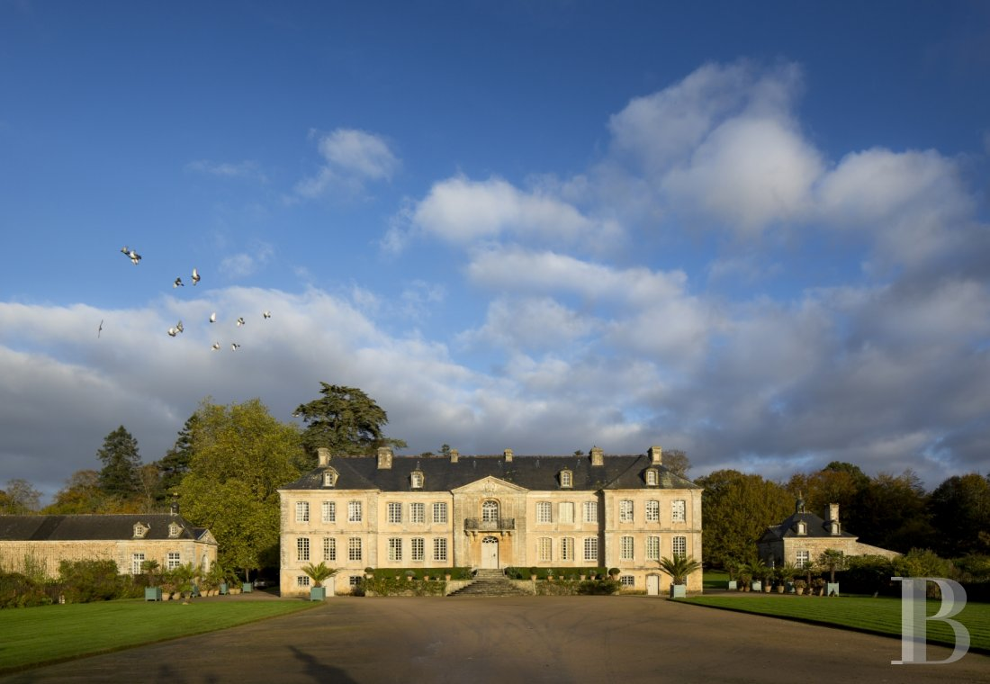 fAn 18th century chateau offering luxurious stays at the tip of Cotentin - photo n°4