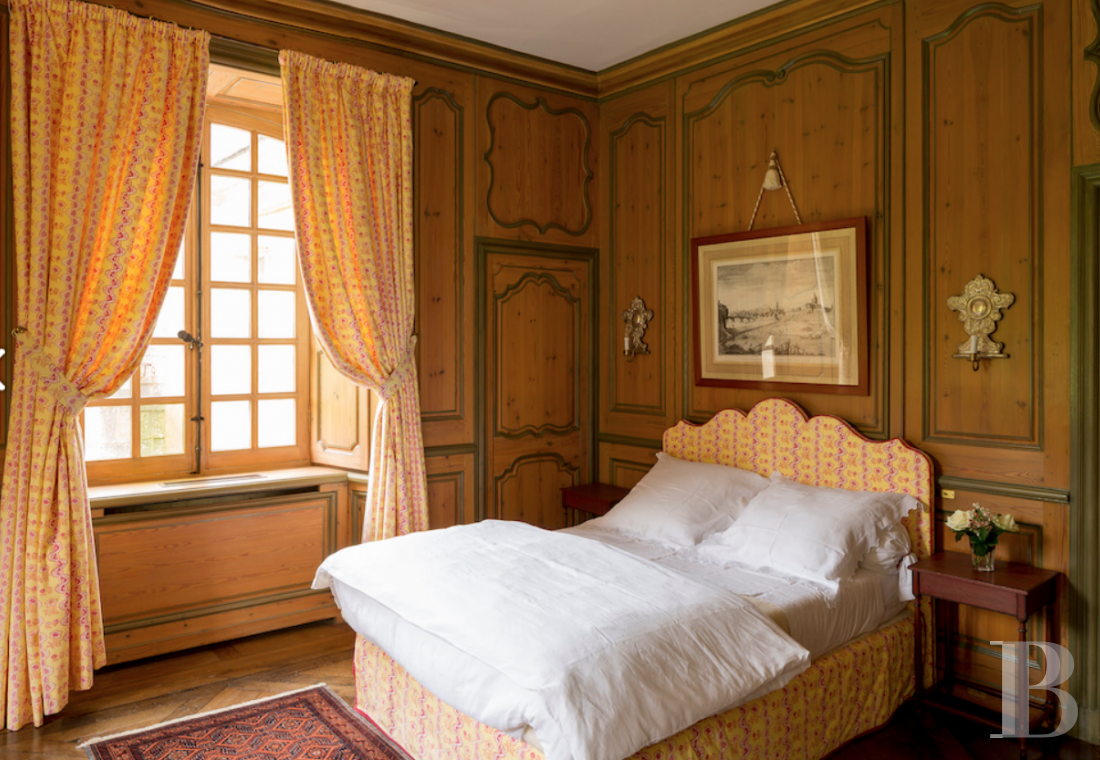 fAn 18th century chateau offering luxurious stays at the tip of Cotentin - photo n°16