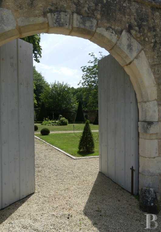 France mansions for sale poitou charentes manors equestrian - 15