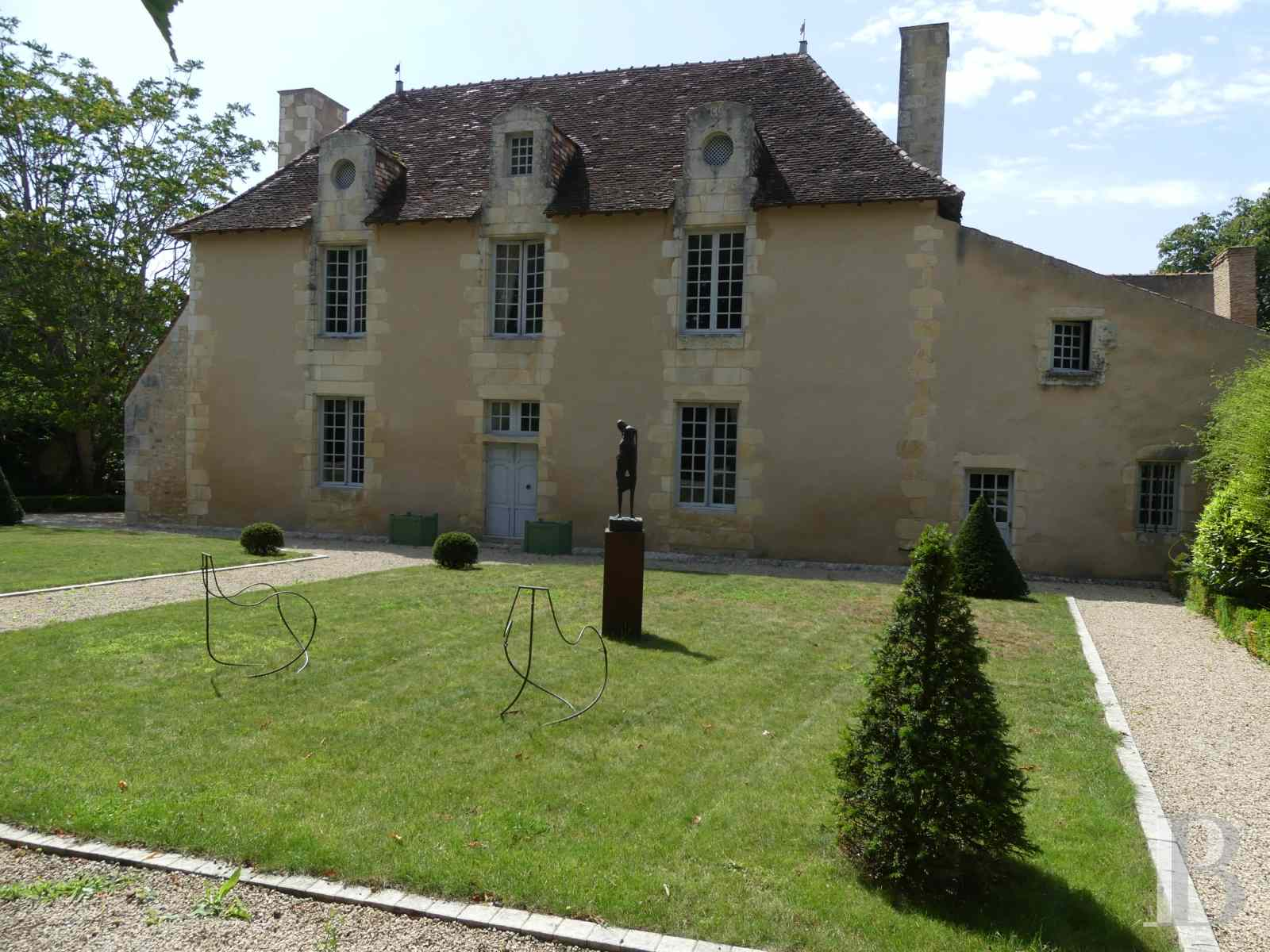 France mansions for sale poitou charentes poitiers estate - 2 zoom
