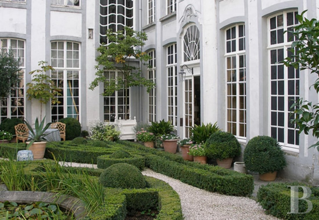 A stunning private mansion in Ghent, not far from the poetically celebrated Lys river - photo  n°32
