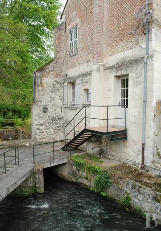 Character houses for sale - picardy - An old, peaceful mill 70 km from Paris in one of the Valois region's romantic valleys