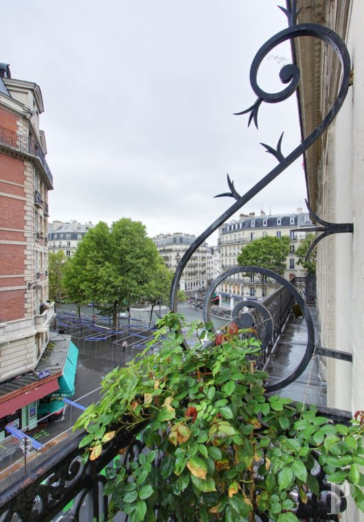 appartments for sale paris place maubert - 7