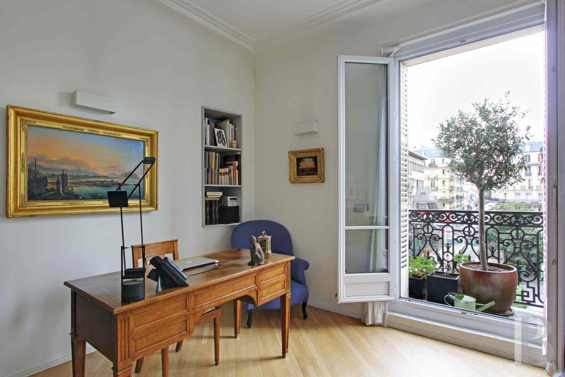 appartments for sale paris place maubert - 4 zoom