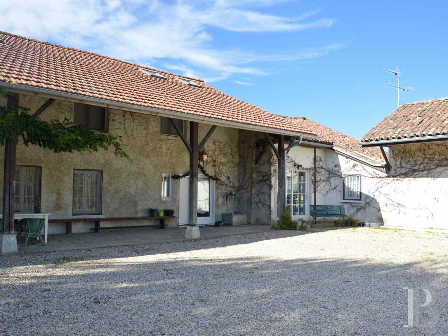 character properties France rhones alps farmhouse renovated - 1 zoom