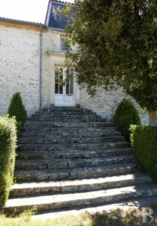 France mansions for sale poitou charentes 18th century - 4