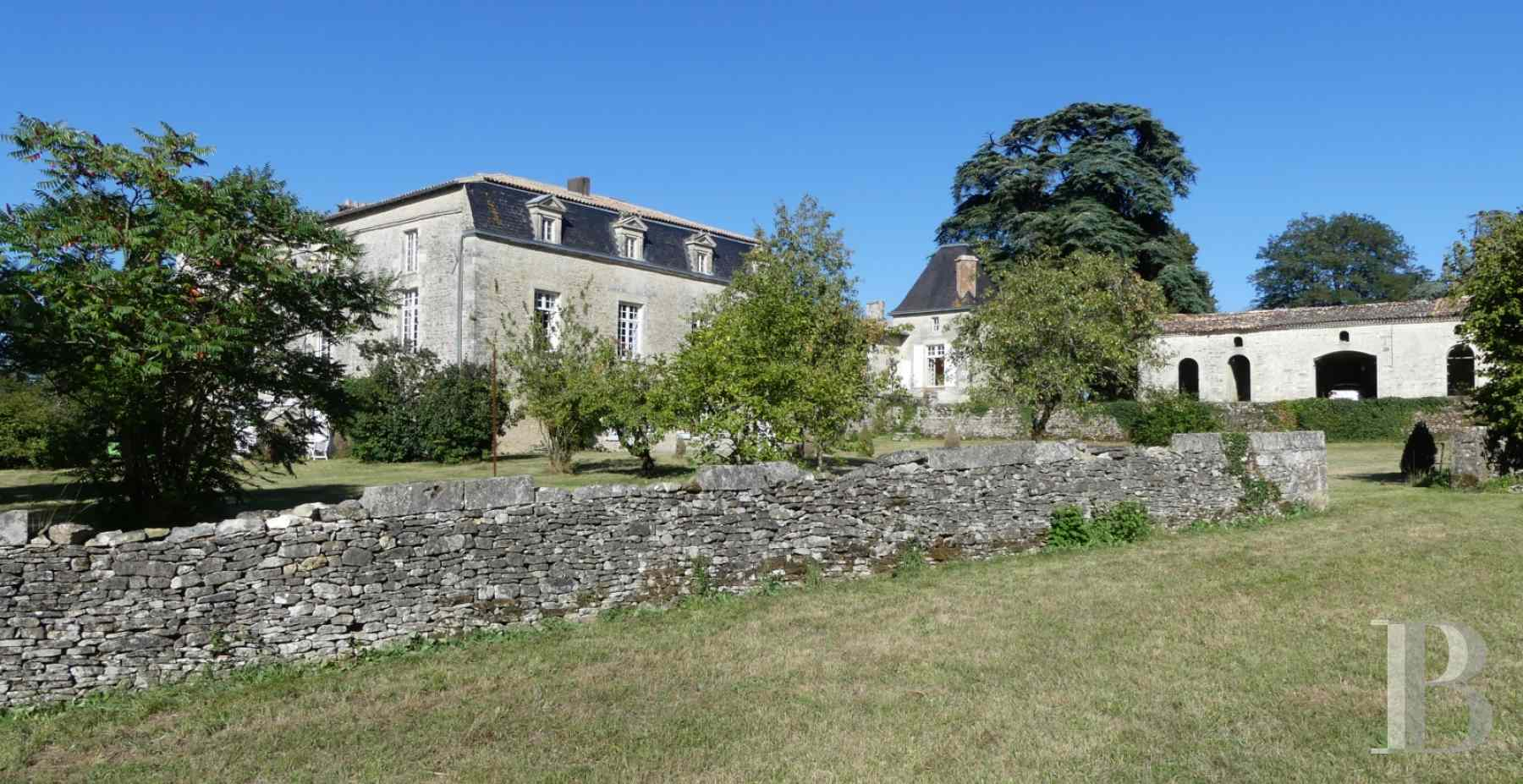 France mansions for sale poitou charentes 18th century - 6 zoom