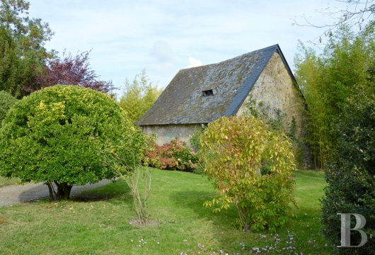 monastery for sale France pays de loire presbytery outbuildings - 11