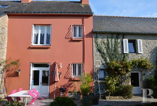 character properties France brittany finistere houses - 4