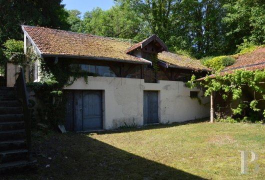 character properties France champagne ardennes rental building - 10
