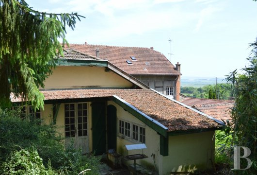 character properties France champagne ardennes rental building - 4
