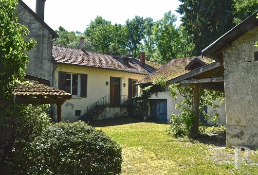 character properties France champagne ardennes rental building - 5