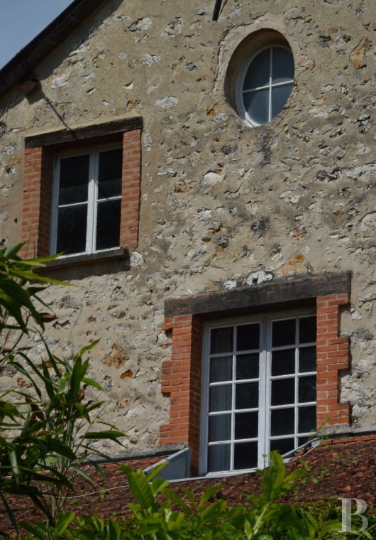 character properties France champagne ardennes rental building - 3