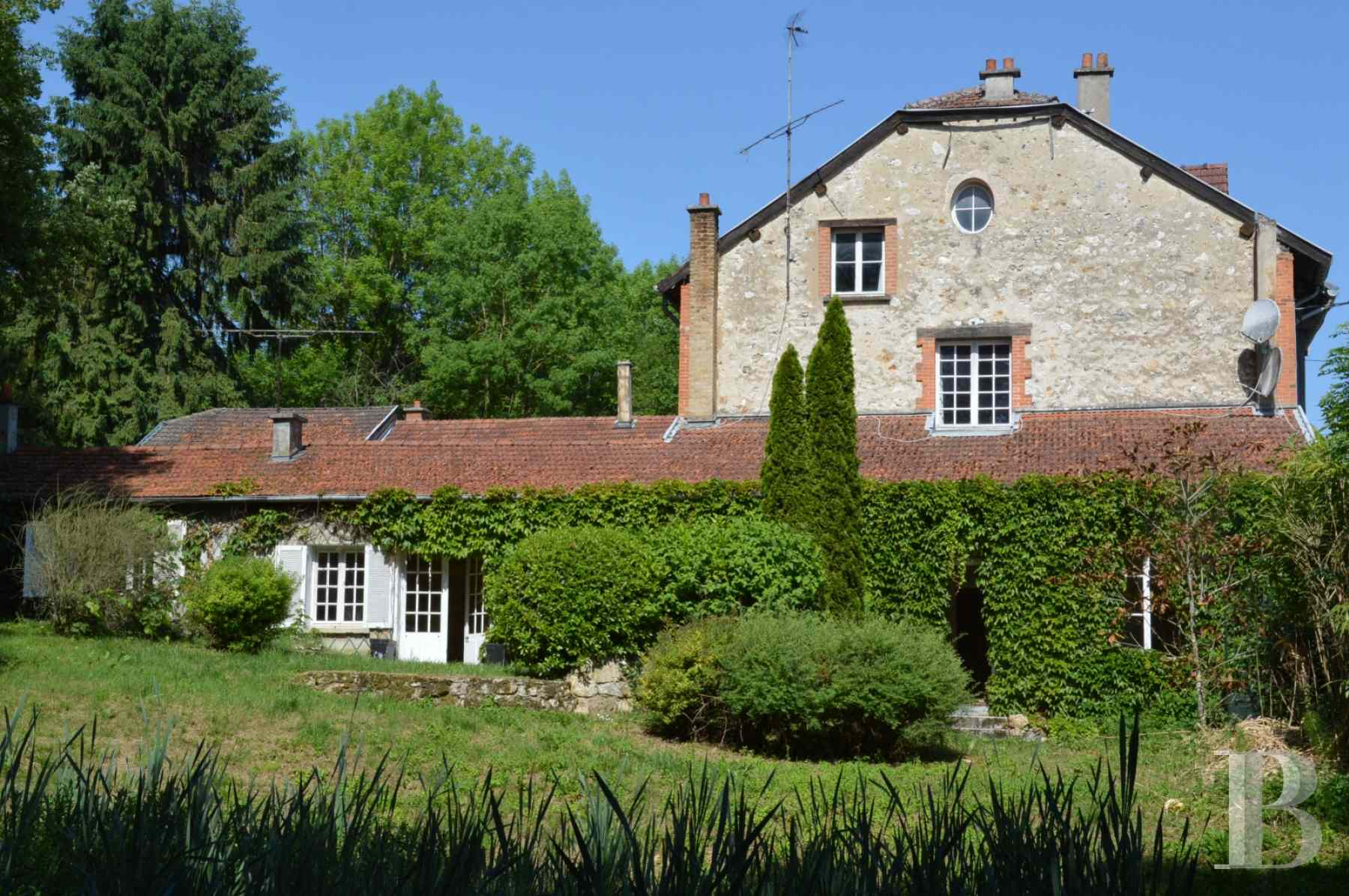 character properties France champagne ardennes rental building - 1 zoom