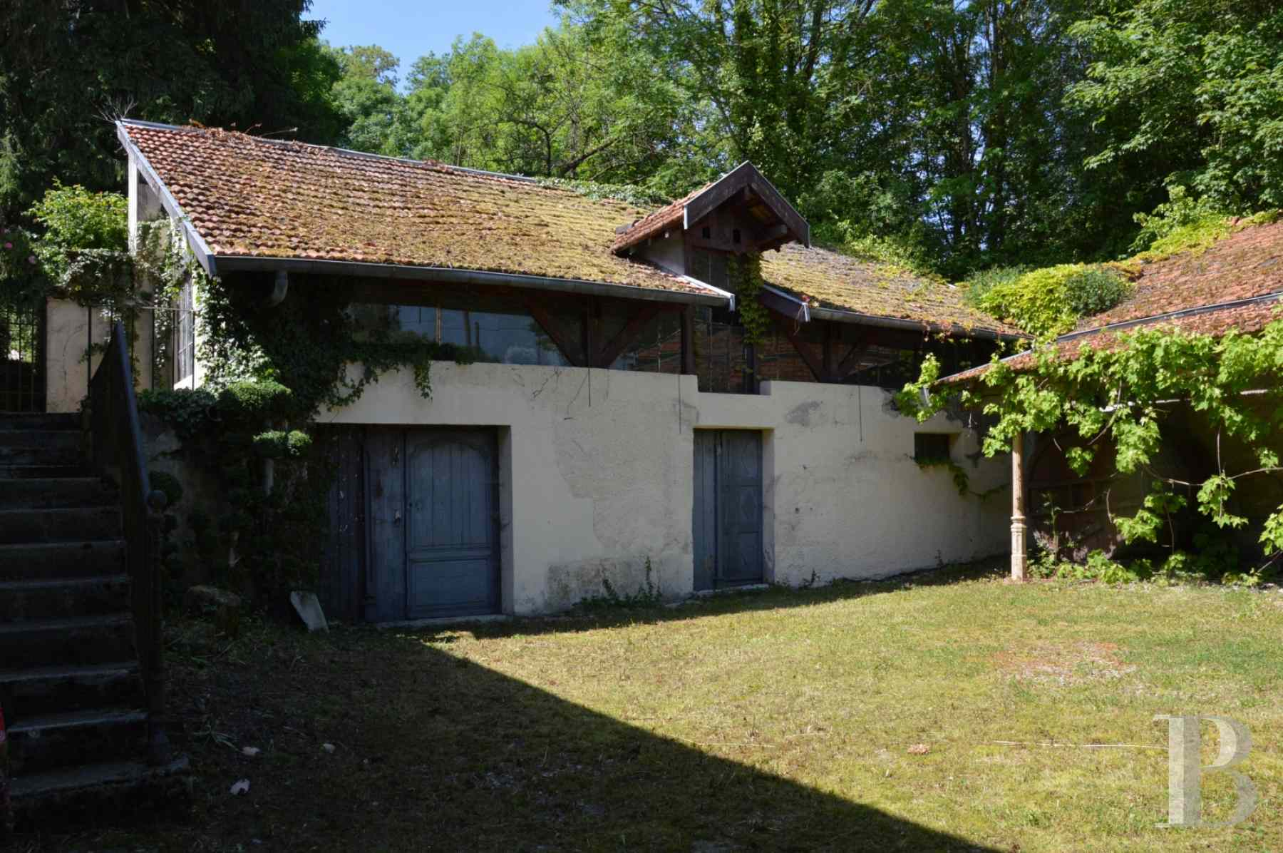 character properties France champagne ardennes rental building - 10 zoom