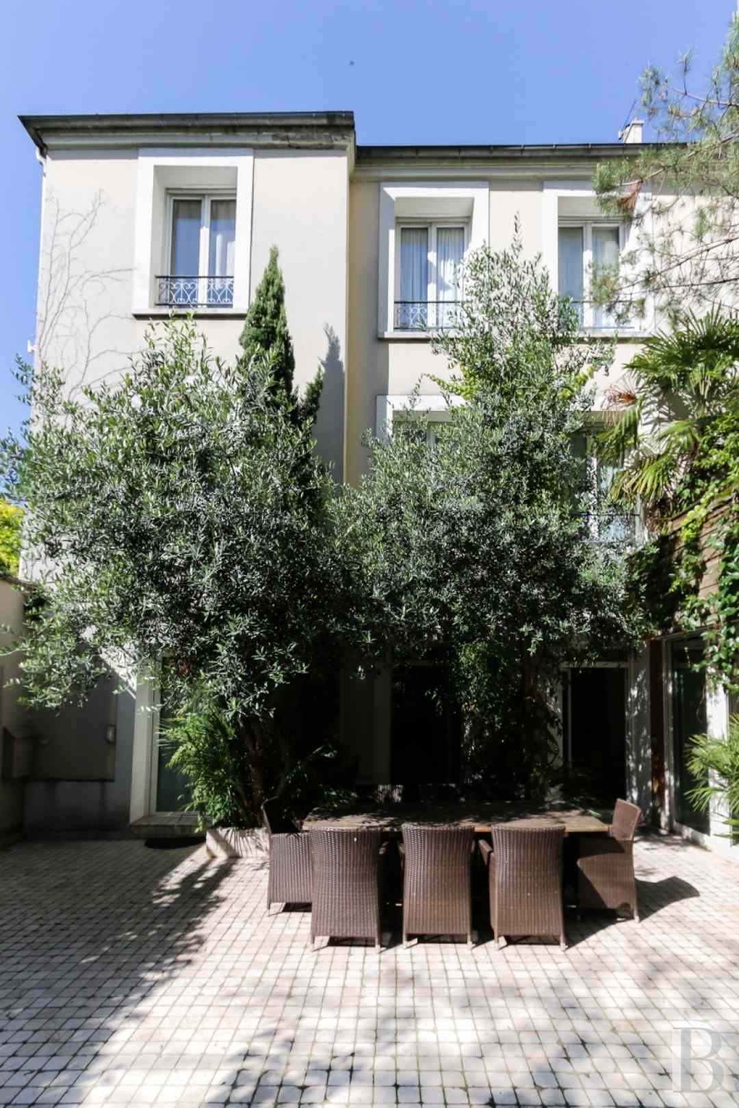 houses for sale paris 18th arrondissement - 8 zoom