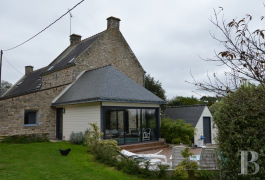 character properties France brittany vannes property - 3