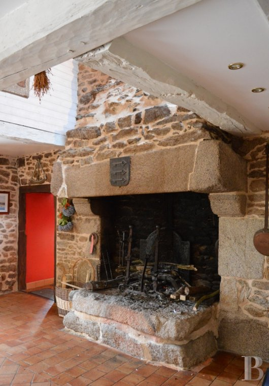 character properties France brittany vannes property - 4