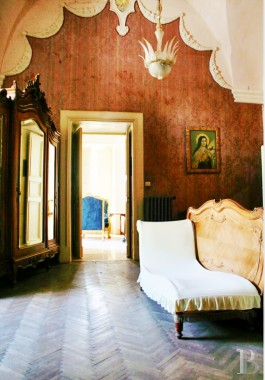 An impressive 18th century palace and its large garden <br/>in a town near to Lecce and the sea