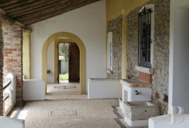 A resolutely authentic country house  with almost a hectare of land in the Ribatejo province