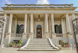 An impressive, stately villa and its 500 m² garden  in the town centre of Galatina