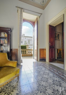 An impressive, stately villa and its 500 m² garden <br/>in the town centre of Galatina