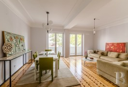 A fully renovated, 129 m² flat in the north of the town of Lisbon